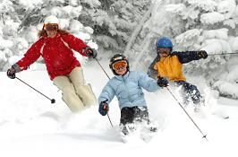 Lyžiarske stredisko SALAMANDRA Resort je situované uprostred unikátnej  prírody Štiavnických vrchov v blízkosti historicky významného mesta Banská  Štiavnica. 8e696147b20