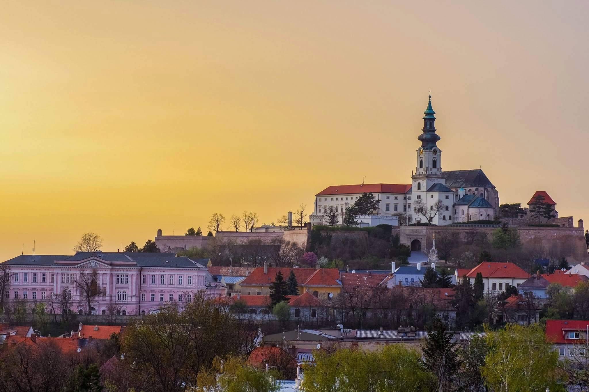 Travego Tour Nitra - komentované vychádzky - Kam v meste  44fe2aefbeb